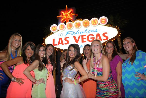 Girls at Vegas Sign