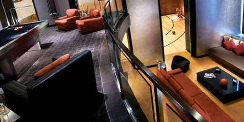 Palms Hardwood Suite